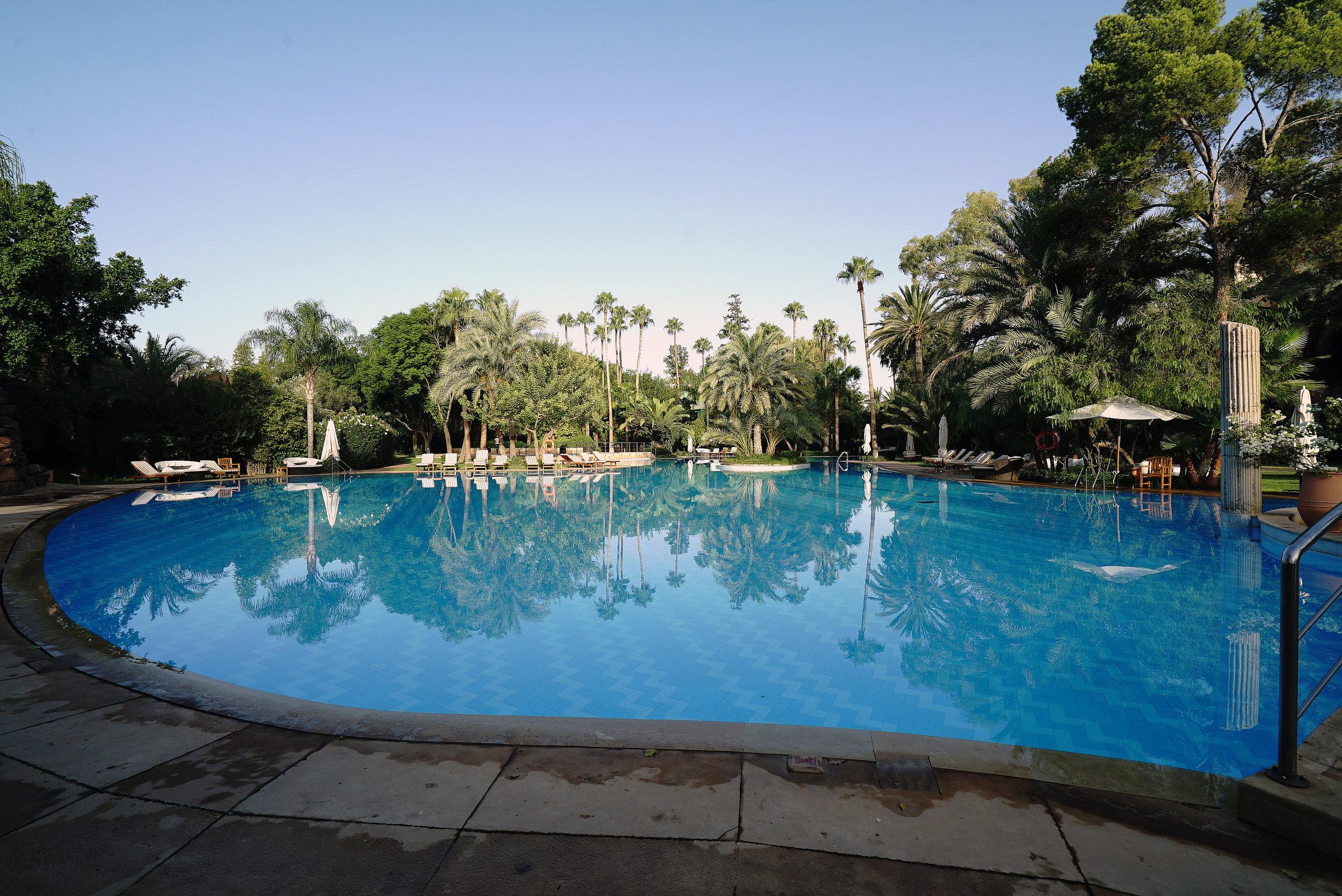 Es Saadi The Palace Swimming Pool.jpg