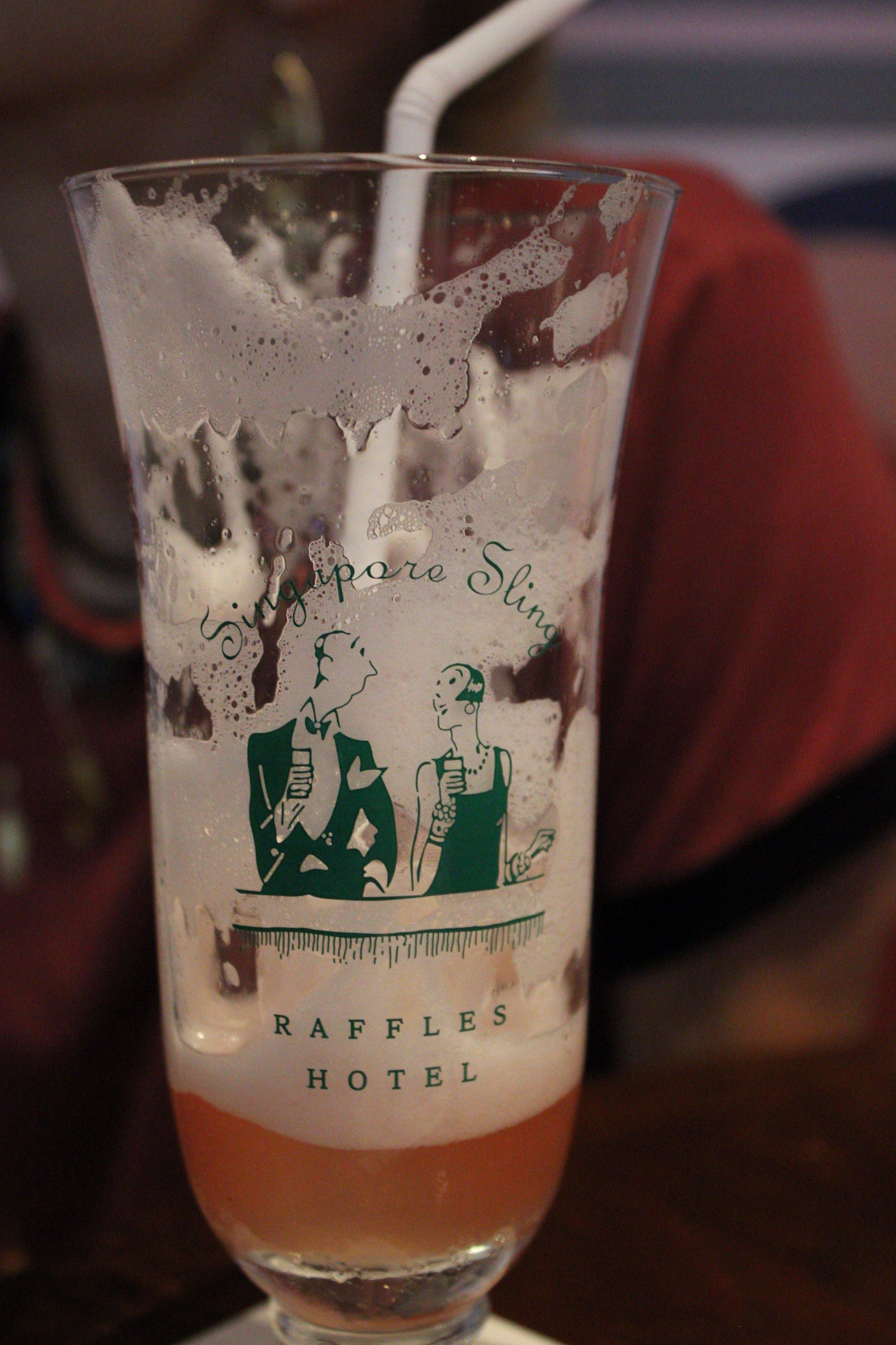 ruffles-bar-singapore-13.jpg