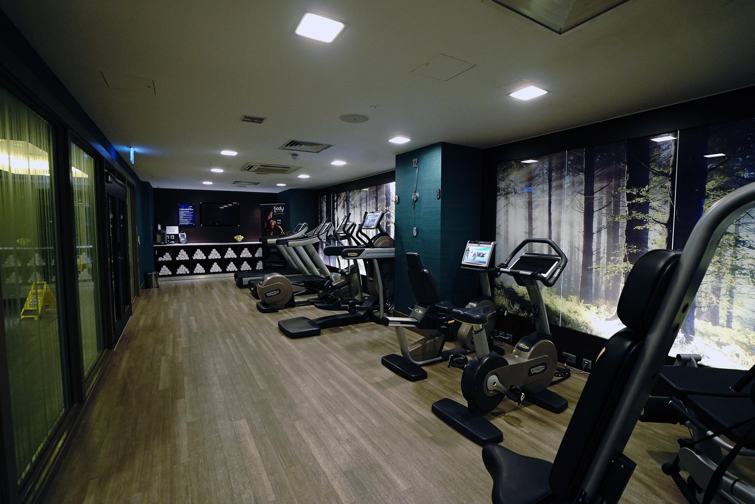 Novotel Brentford Hotel Gym L.jpg