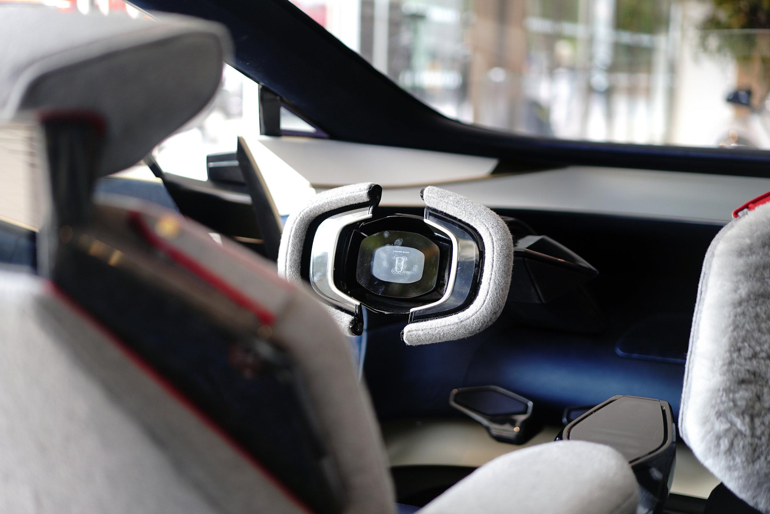 Aston Martin Lagonda E Concept Interior L 4.jpg