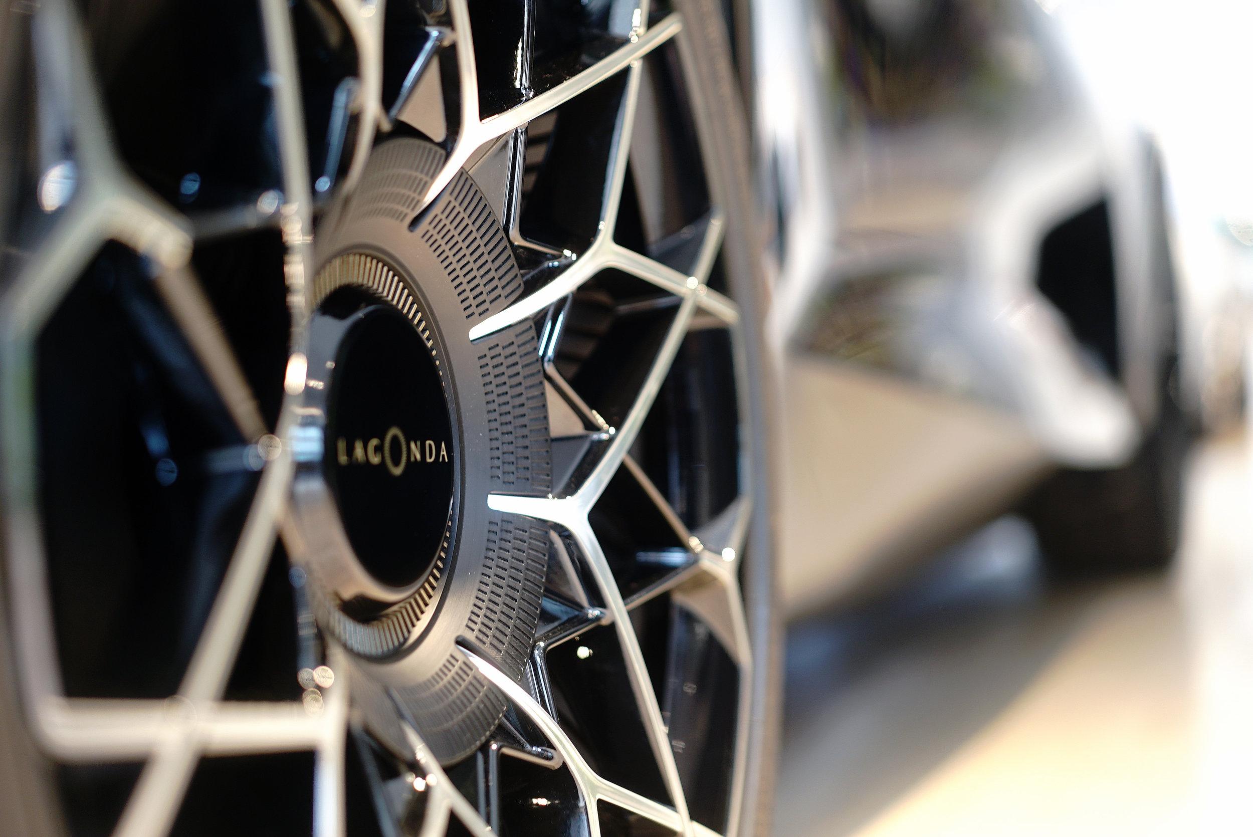 Aston Martin Lagonda E Concept Wheels L 2.jpg