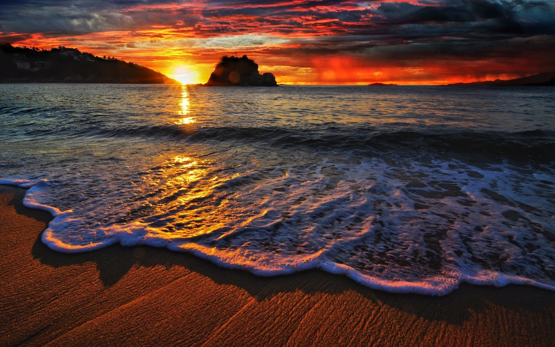 tangolunda-bay-mexico-sea-beach-sand-1920x1200.jpg