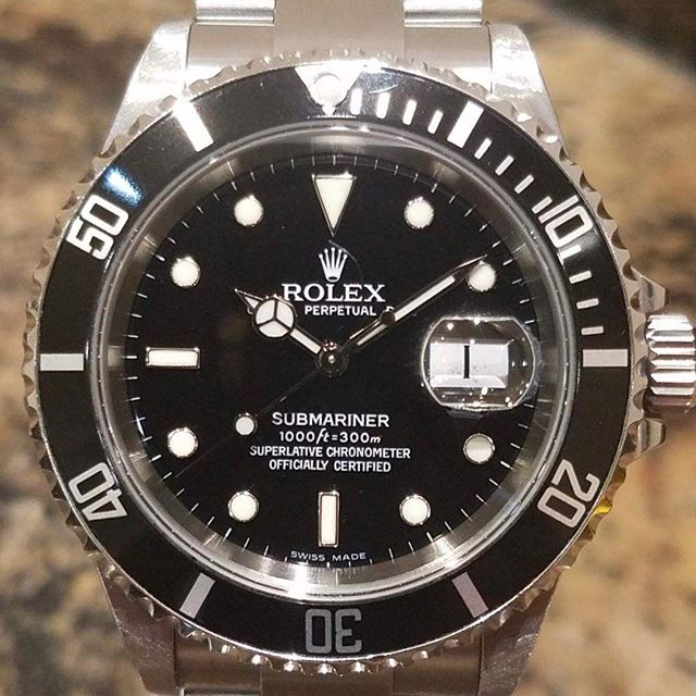 Rolex Submariner 16610 Z series. #dallaswatch #rolex #submariner