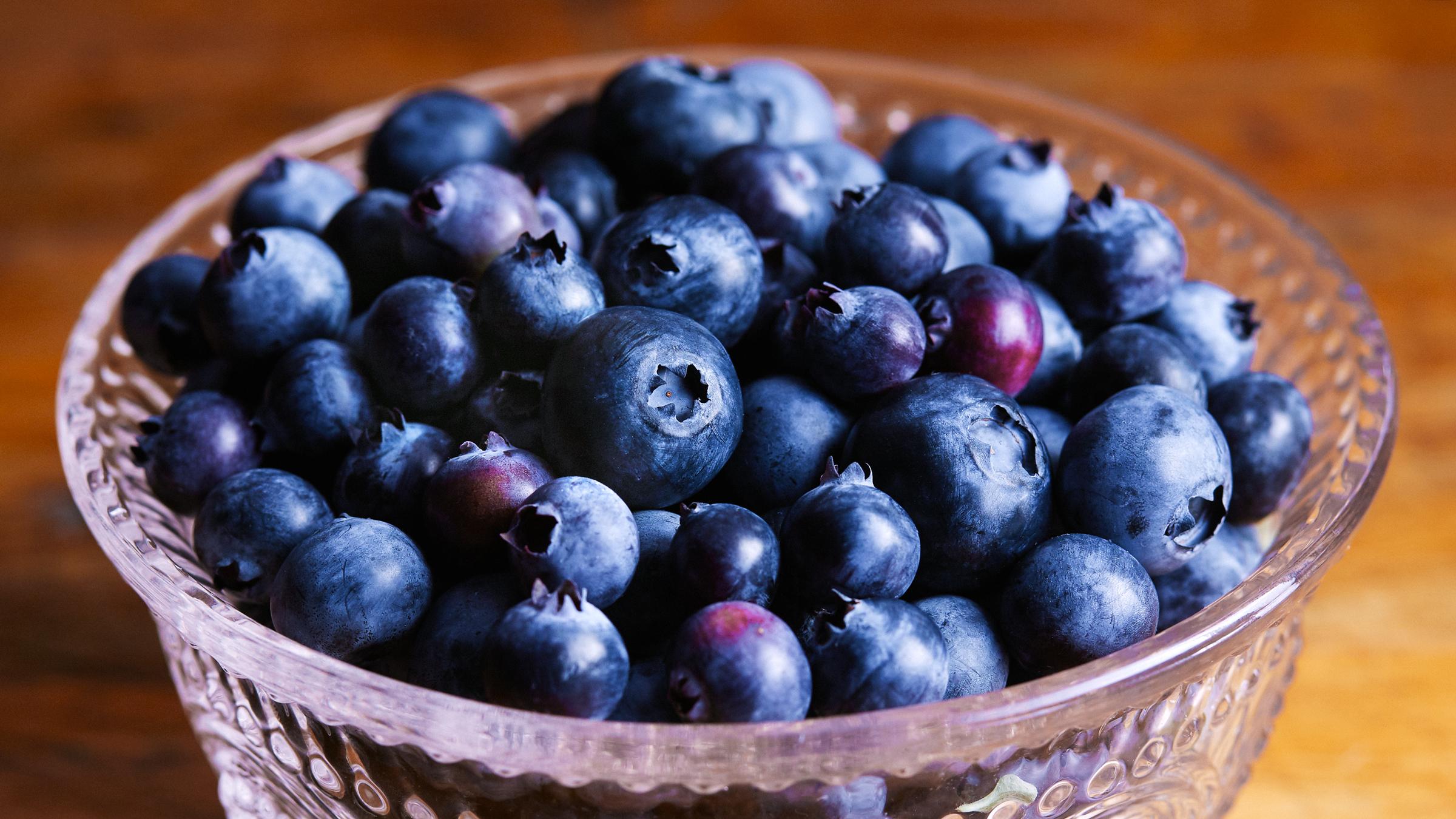 deepi_ahluwalia_walmart_blueberries_crop.jpg