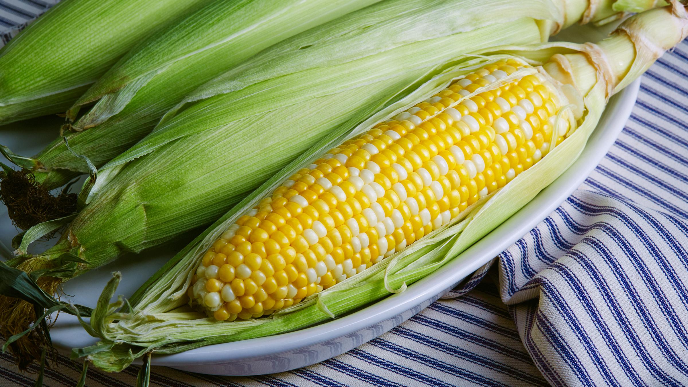 deepi_ahluwalia_walmart_corn_crop.jpg