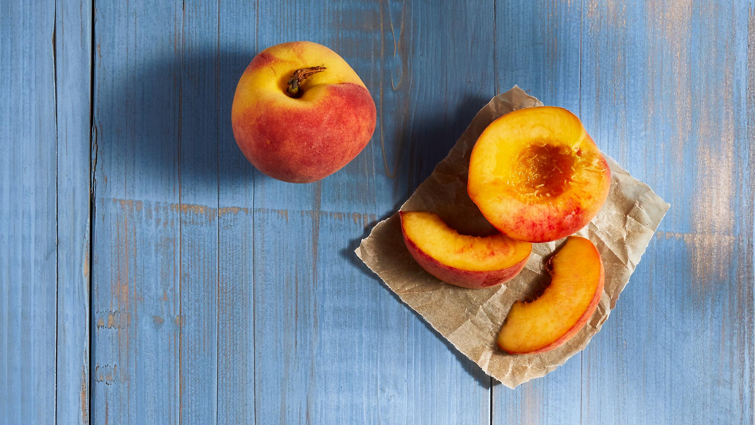 deepi_ahluwalia_walmart_peaches_crop.jpg
