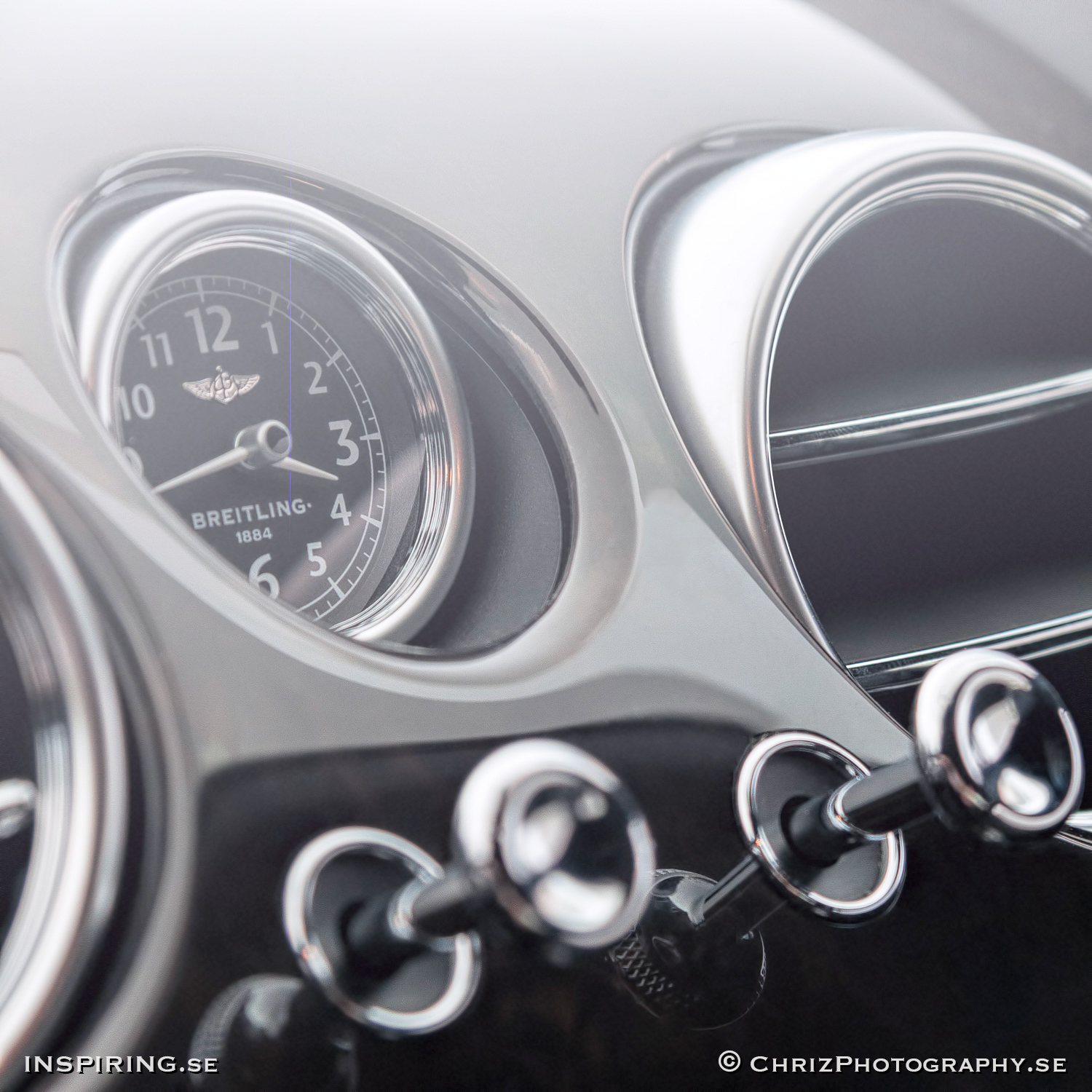 Inspiring.se_OUTTHERE_copyright_ChrizPhotography.se_624_Bentley_Breitling_int.jpg
