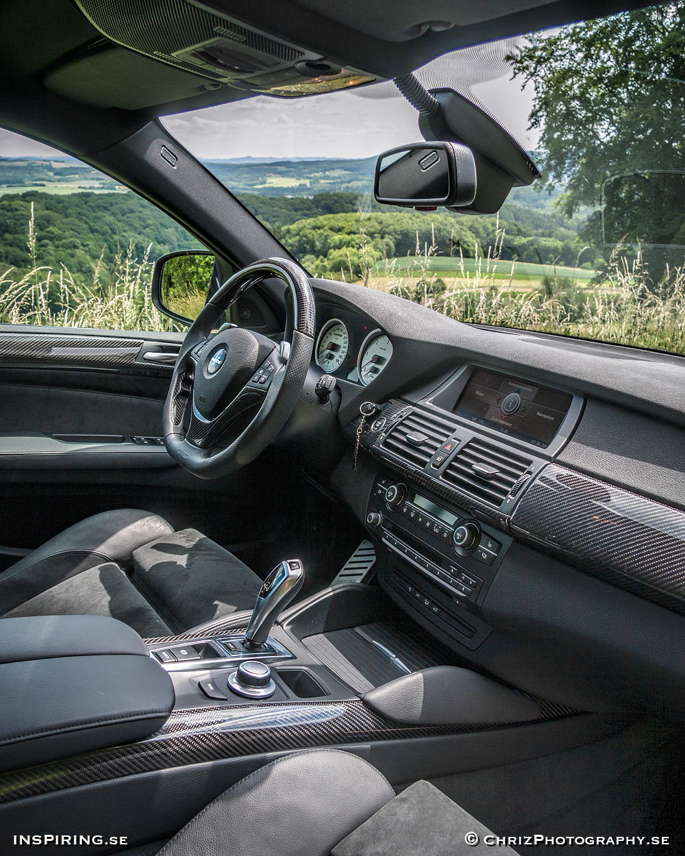 Inspiring.se_OUTTHERE_copyright_ChrizPhotography.se_631_BMW_Hartge_X6interior.jpg