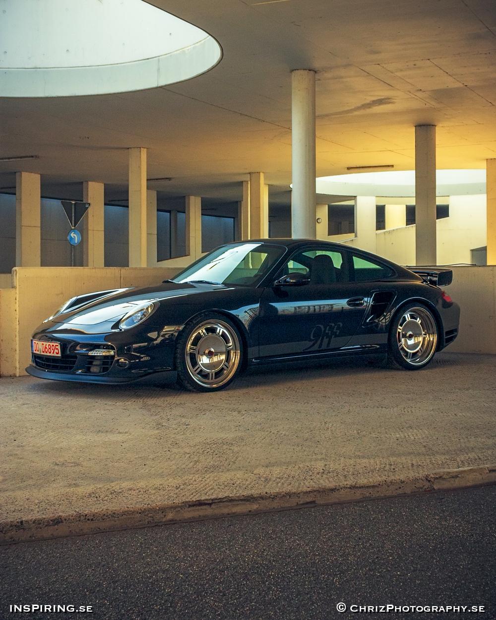 Inspiring.se_OUTTHERE_copyright_ChrizPhotography.se_640_Porsche9ff_Turbo.jpg