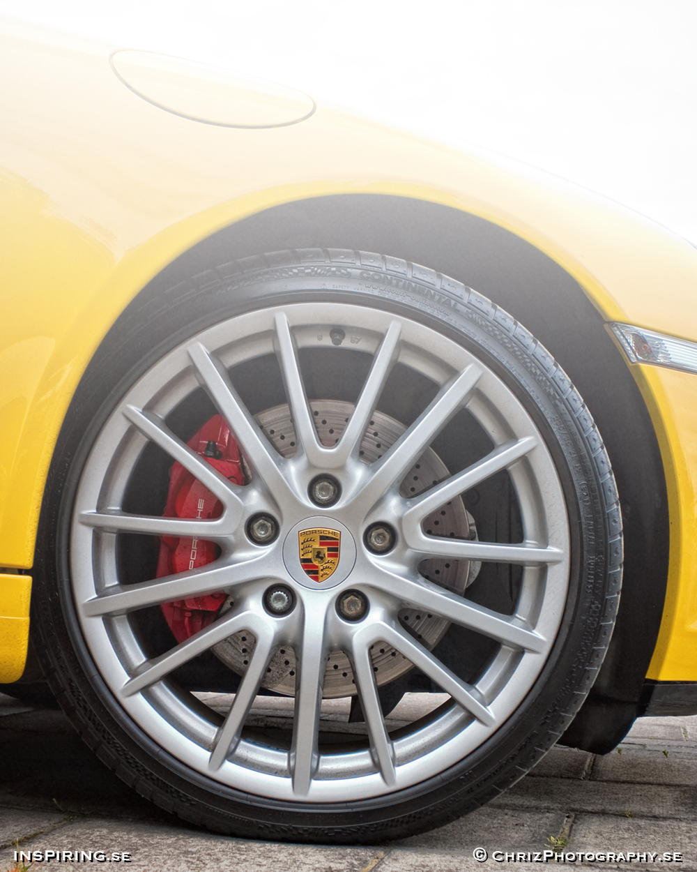 Inspiring.se_OUTTHERE_copyright_ChrizPhotography.se_645_Porsche_wheel.jpg