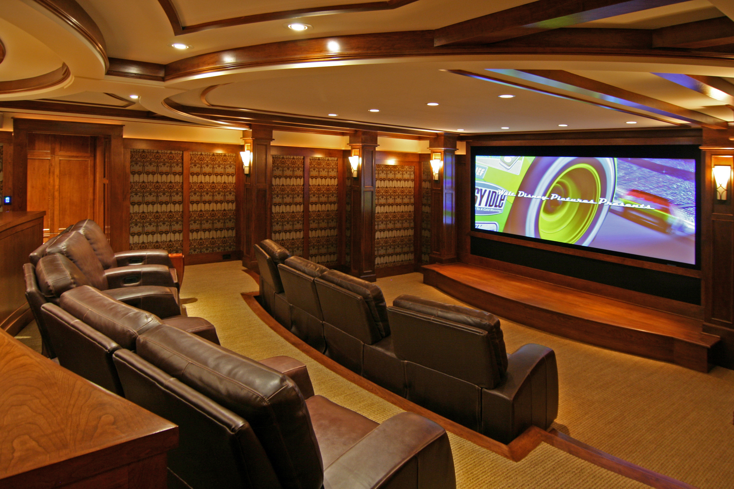 2009ParadeDreamHome-Theater.jpg