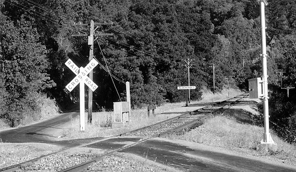 Aldercroft flag-stop just across Aldercroft Heights Road, 1938. [Wilbur C. Whittaker]