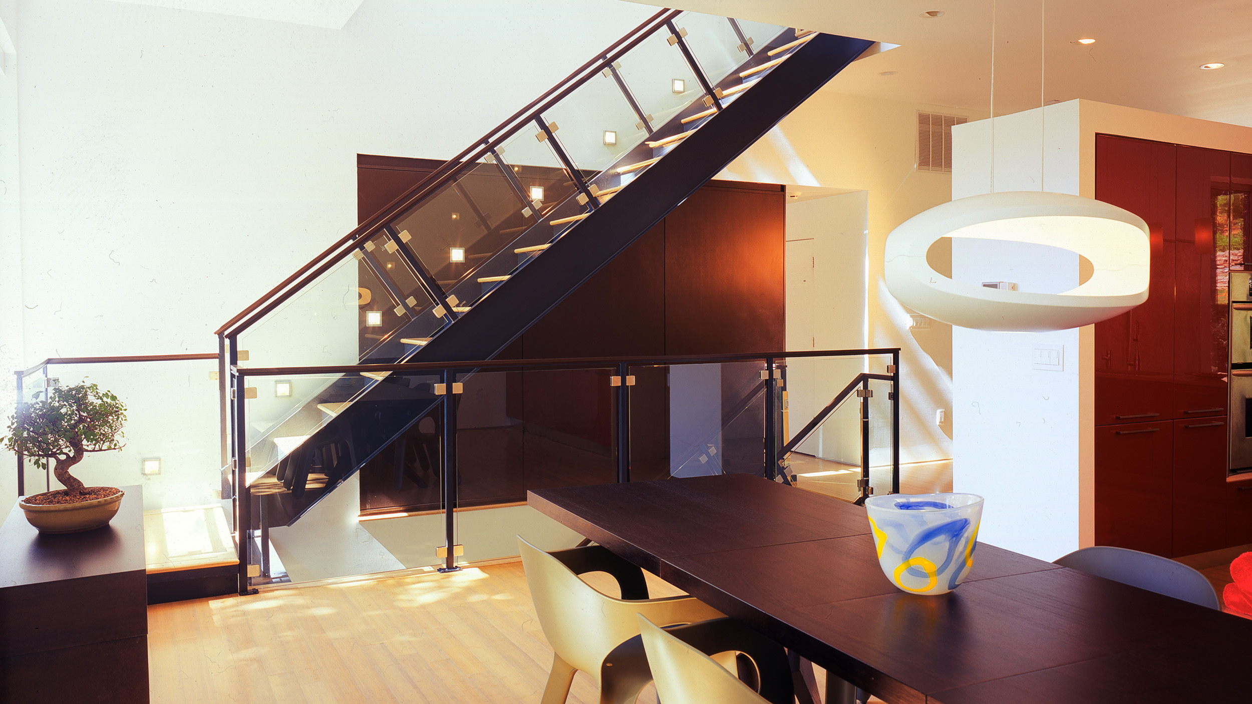 6w stair and dining room.jpg