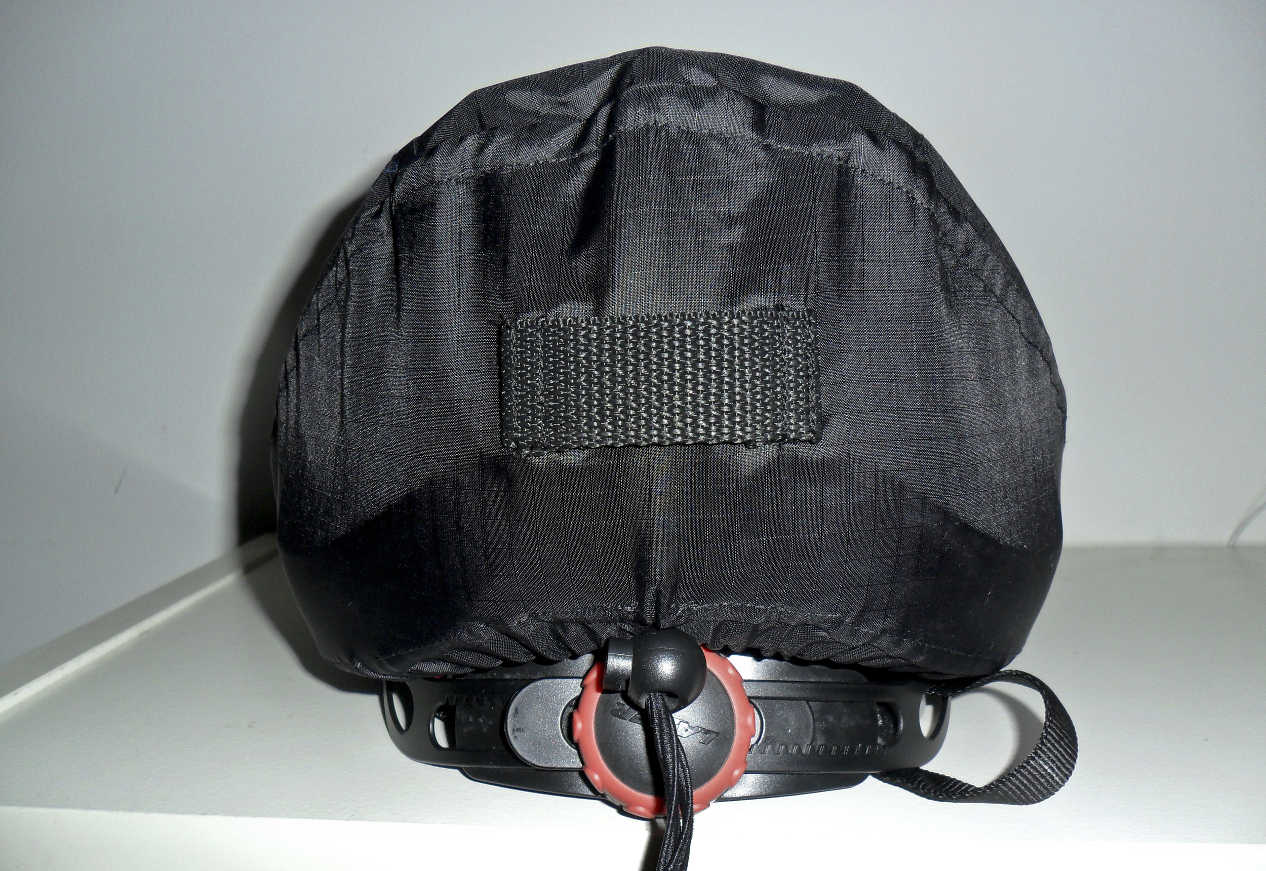 Helmet-003.jpg