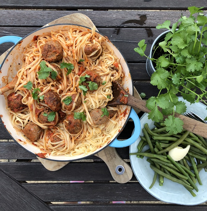 The-best-spaghetti-and-meatballs-with-tomato-balsamic-sauce.jpg