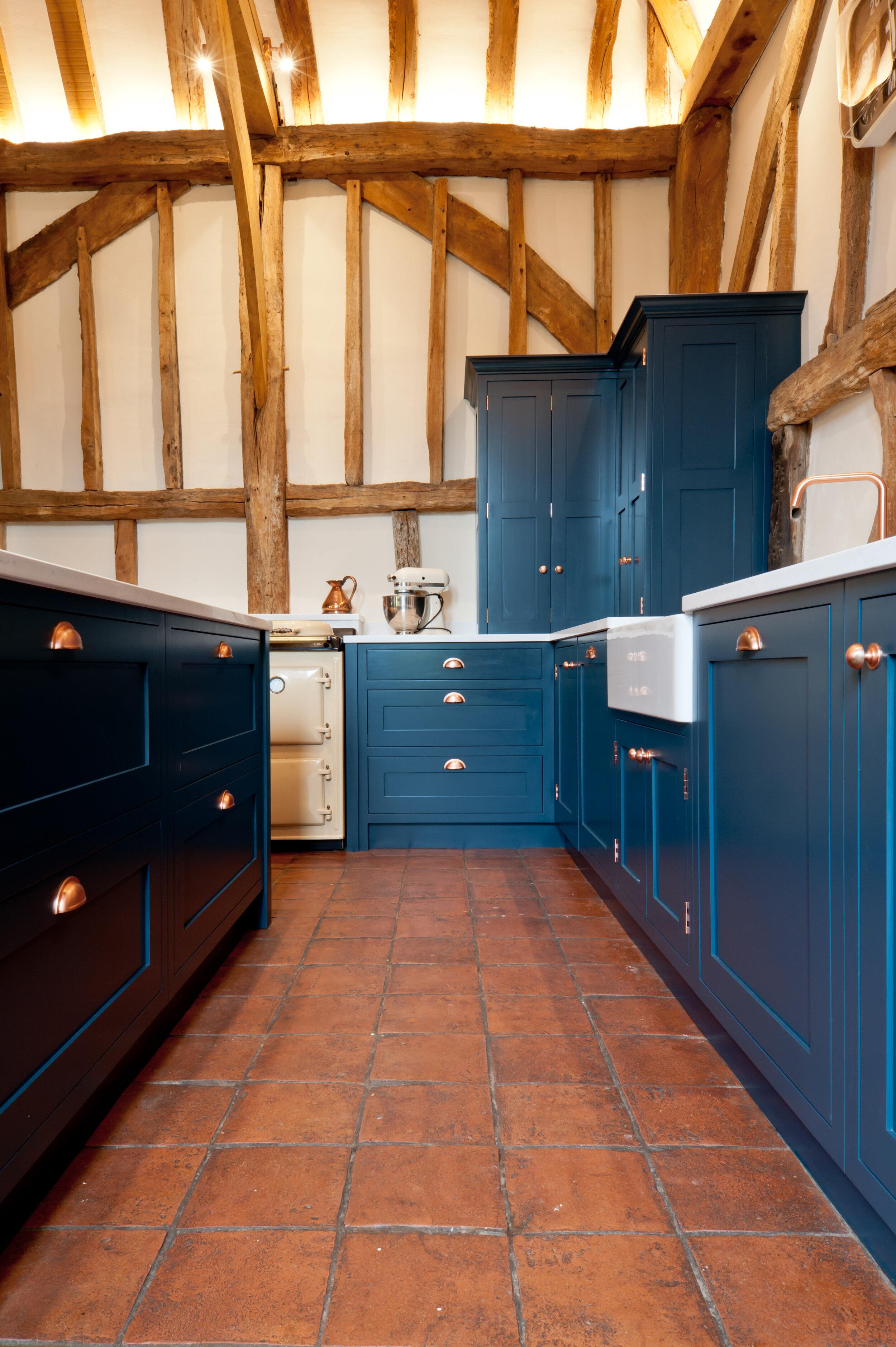 Black-Barn-Collins-Bespoke-Kitchen