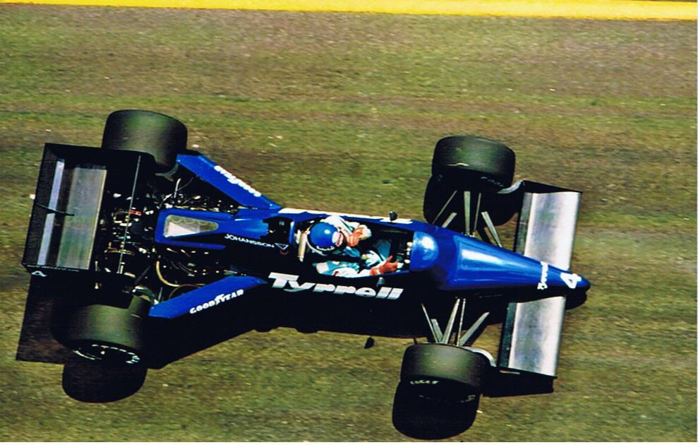 Stefan Johansson Tyrrell F1 Brazilian GP 1985.jpg