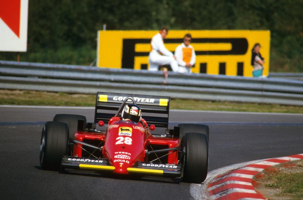 Stefan Johansson Spa 1985 Ferrari 1986.jpg
