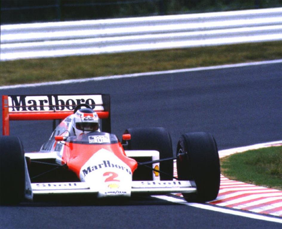 Stefan Johansson McLaren F1 1987.jpg