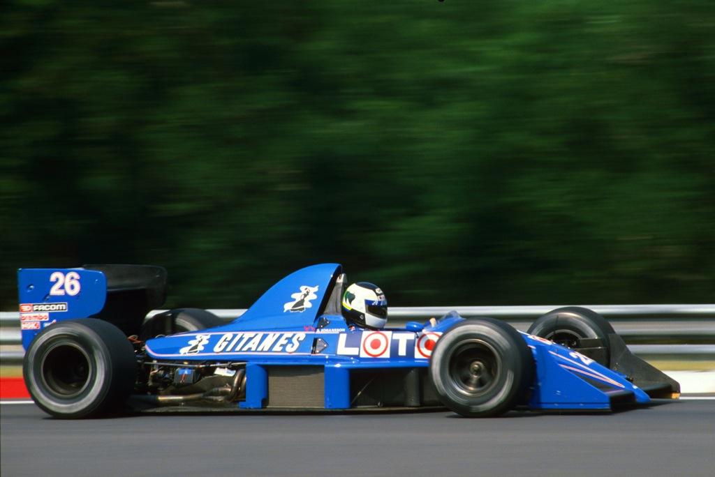 Stefan JOHANSSON(Ligier-1988)Budapest.jpg
