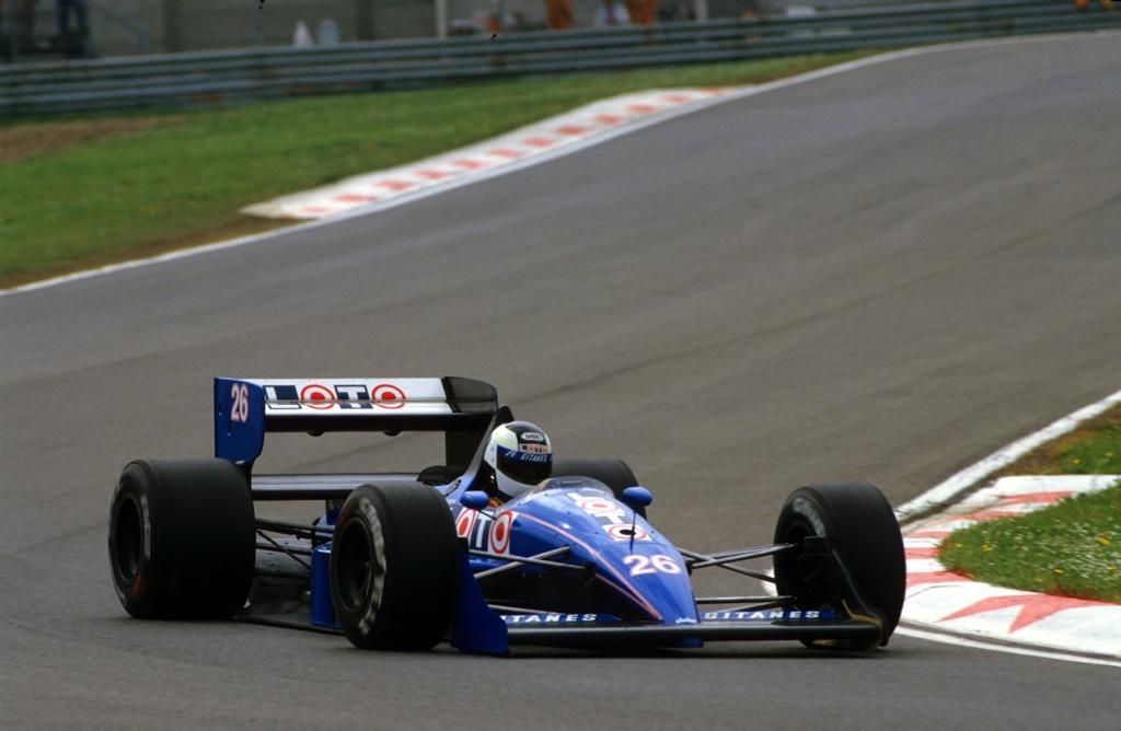 Stefan JOHANSSON(Ligier-1988)Imola.jpg