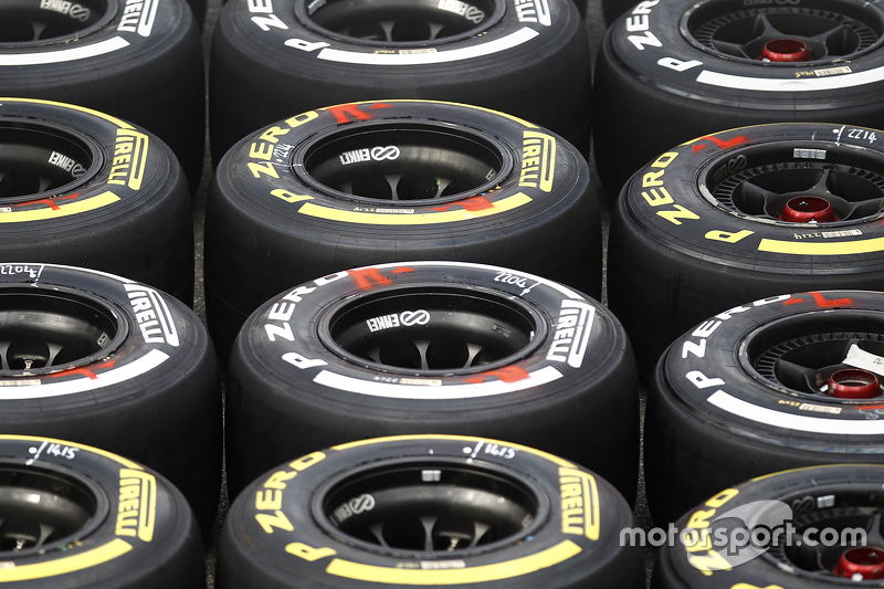 f1-italian-gp-2015-pirelli-tires.jpg