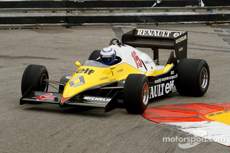 f1-monaco-grand-prix-historique-2014-alain-prost-with-his-1983-renault-f1.jpg