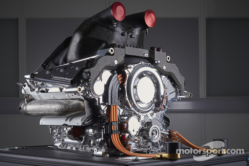 f1-mercedes-amg-f1-w06-launch-2015-the-power-unit-of-the-mercedes-amg-f1-w06.jpg