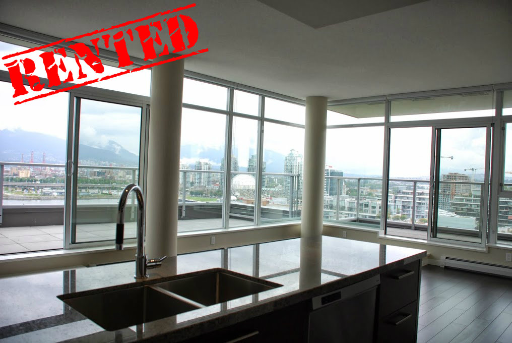 17th Floor, 1708 Columbia St  Square Footage: 961ft²  Bedrooms: 2 Bathrooms: 2 Price/month: $2,900/month