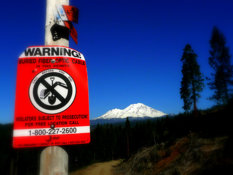 Cable sign and Mt Shasta BaiSha