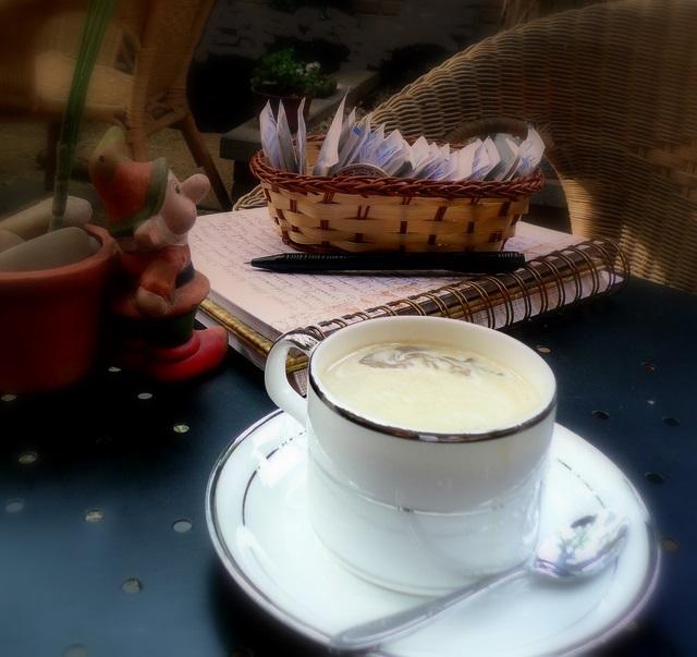 Coffee at Xin Lin Yard