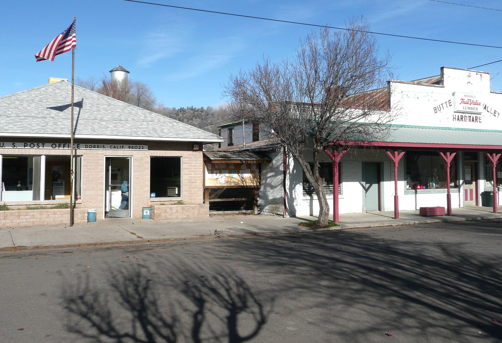 Dorris, Post Office and Mercantile