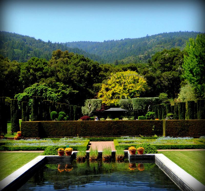 Fioli sunken garden