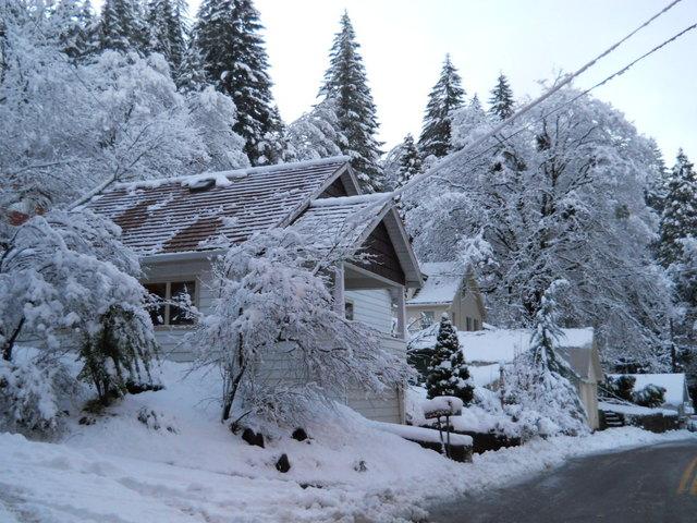 Snowy Siskiyou Aveune, Dunsmuir, California