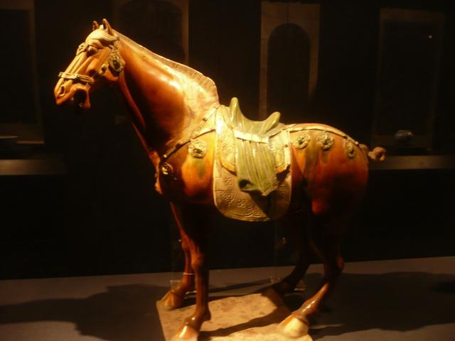 The pair of dripware horses