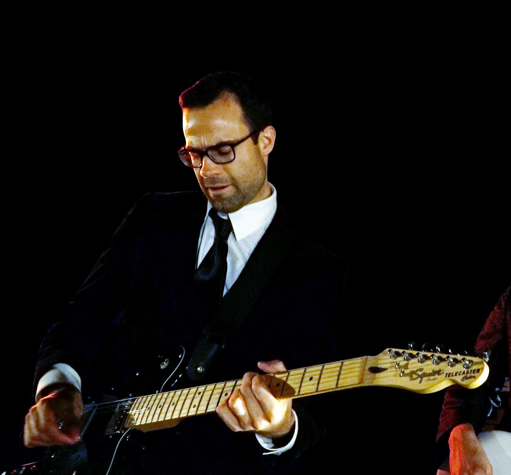 TheSuits_Live_01_02.png