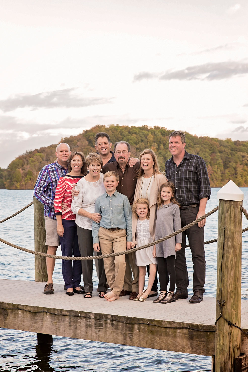 Tellico-village-photographer-loudon-photography-lake-family-picture.jpg