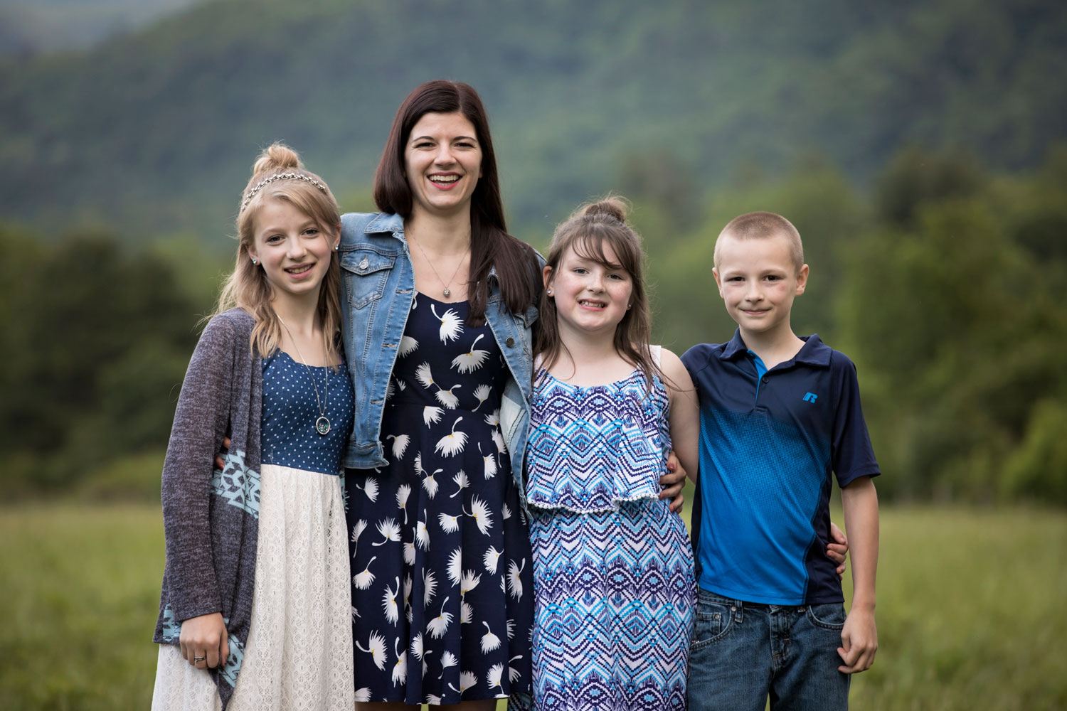 gatlinburg-tn-photographer-family-reunion.jpg