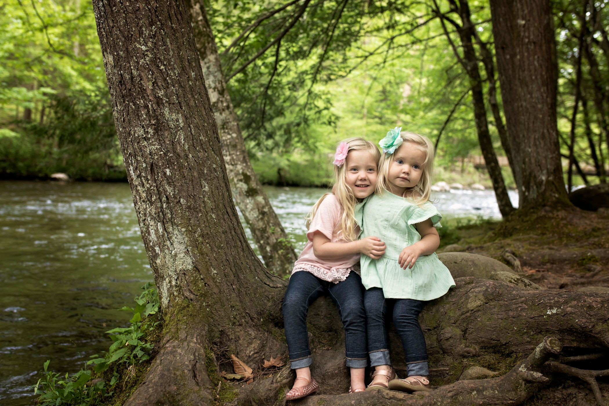 gatlinburg-child-photographer-metcalf-bottoms.jpg