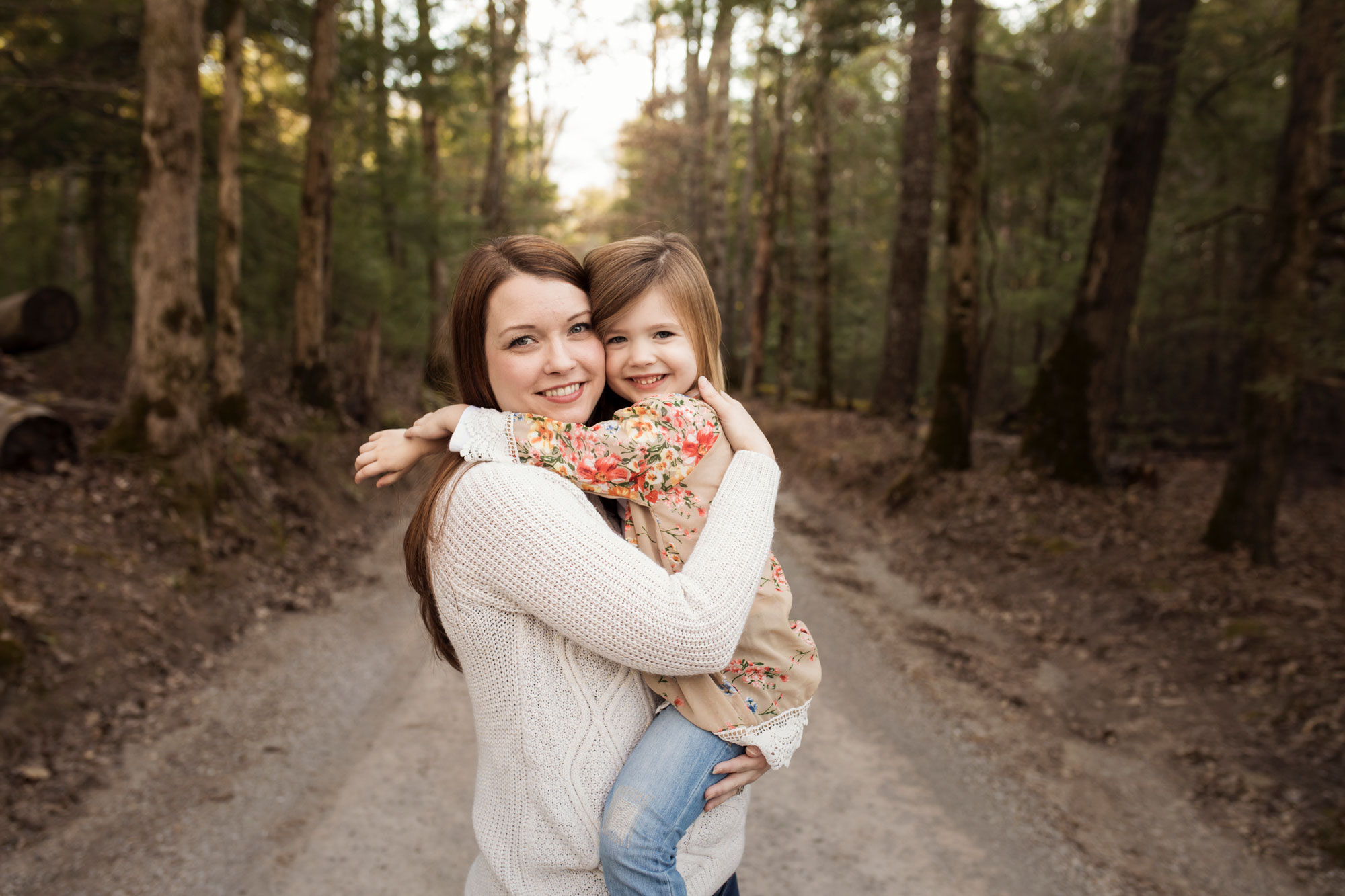 mommy-and-daughter-gatlinburg-family-photographer.jpg
