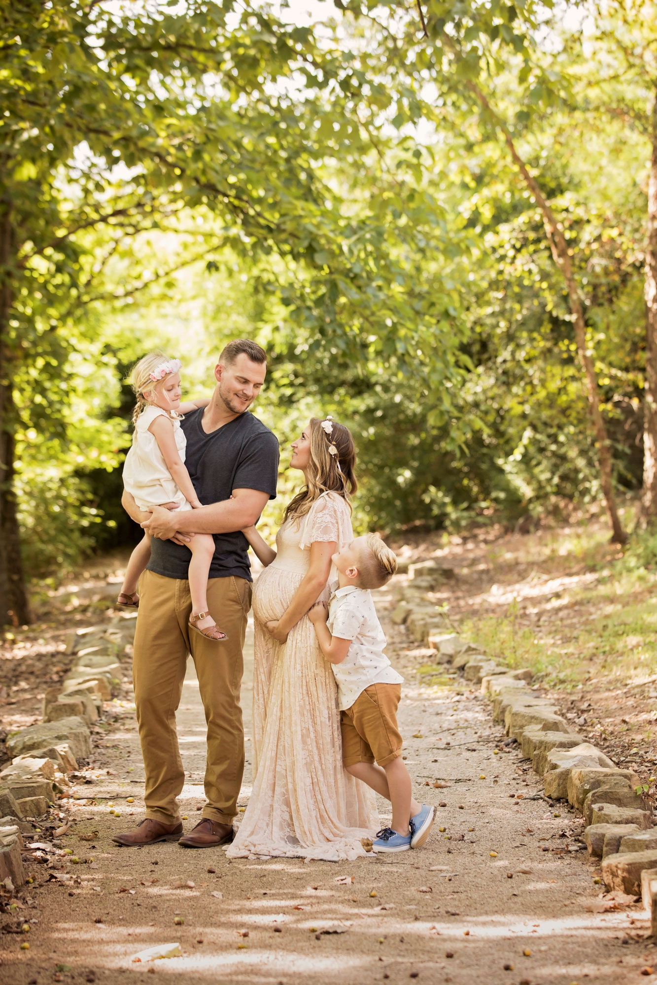 family-maternity-picture-knowville-photographer.jpg