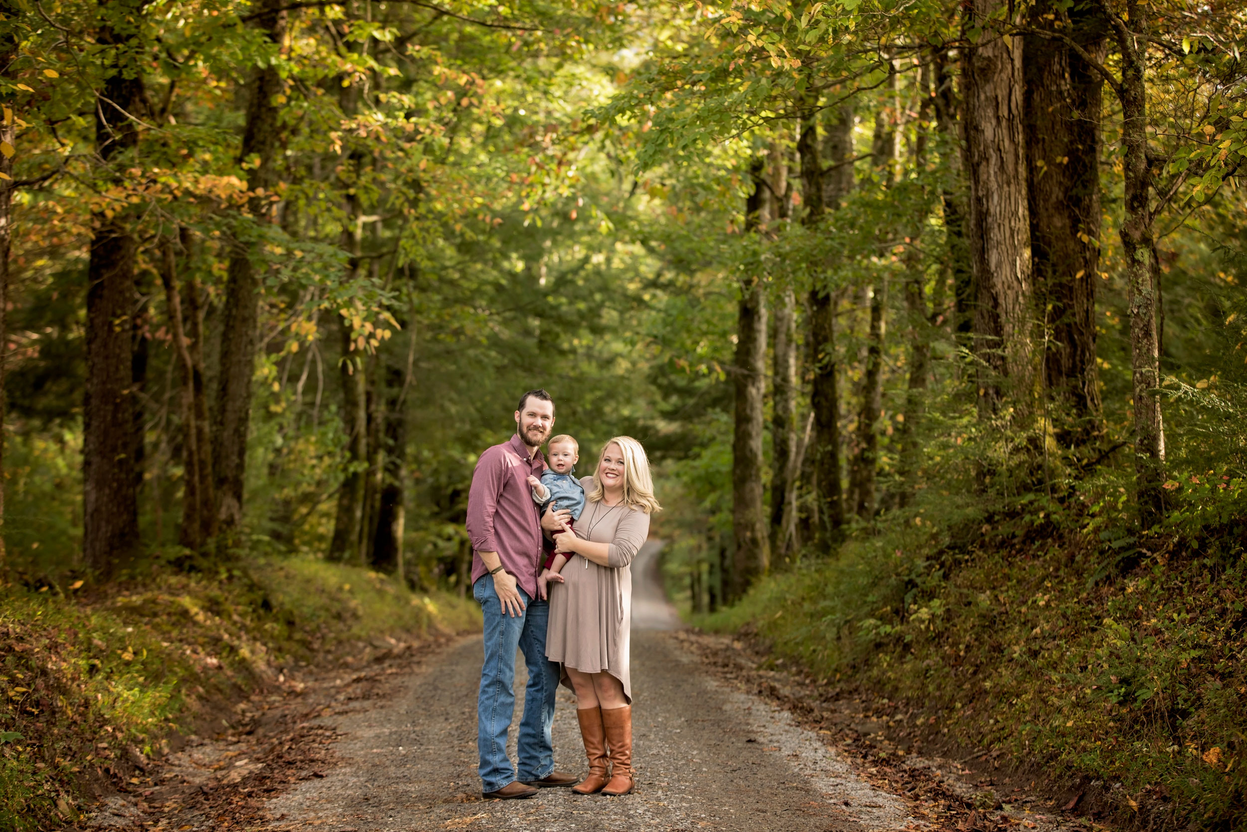 Pigeon-forge-woods-photographer-family-of-three.jpg