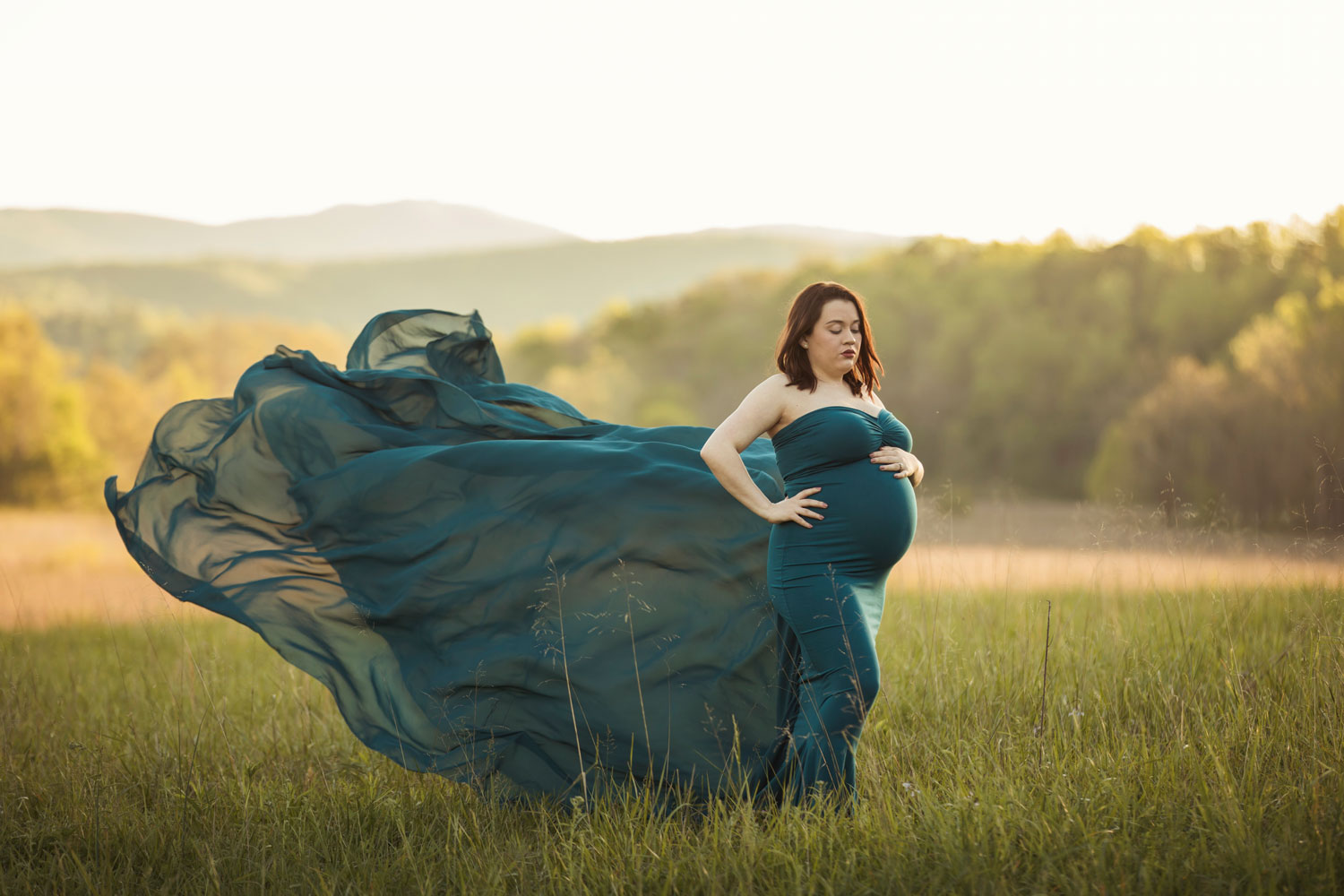 gatlinburg-photographer-cades-cove-maternity-session.jpg