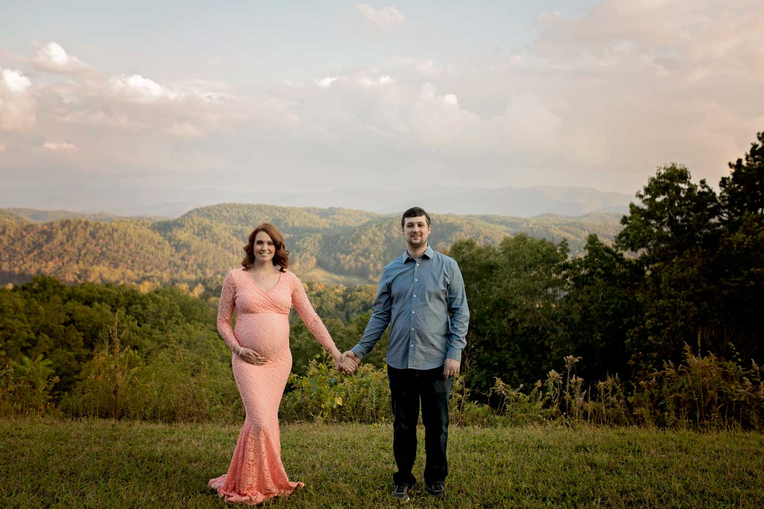 knoxville-maternity-photographer-smoky-mountains.jpg