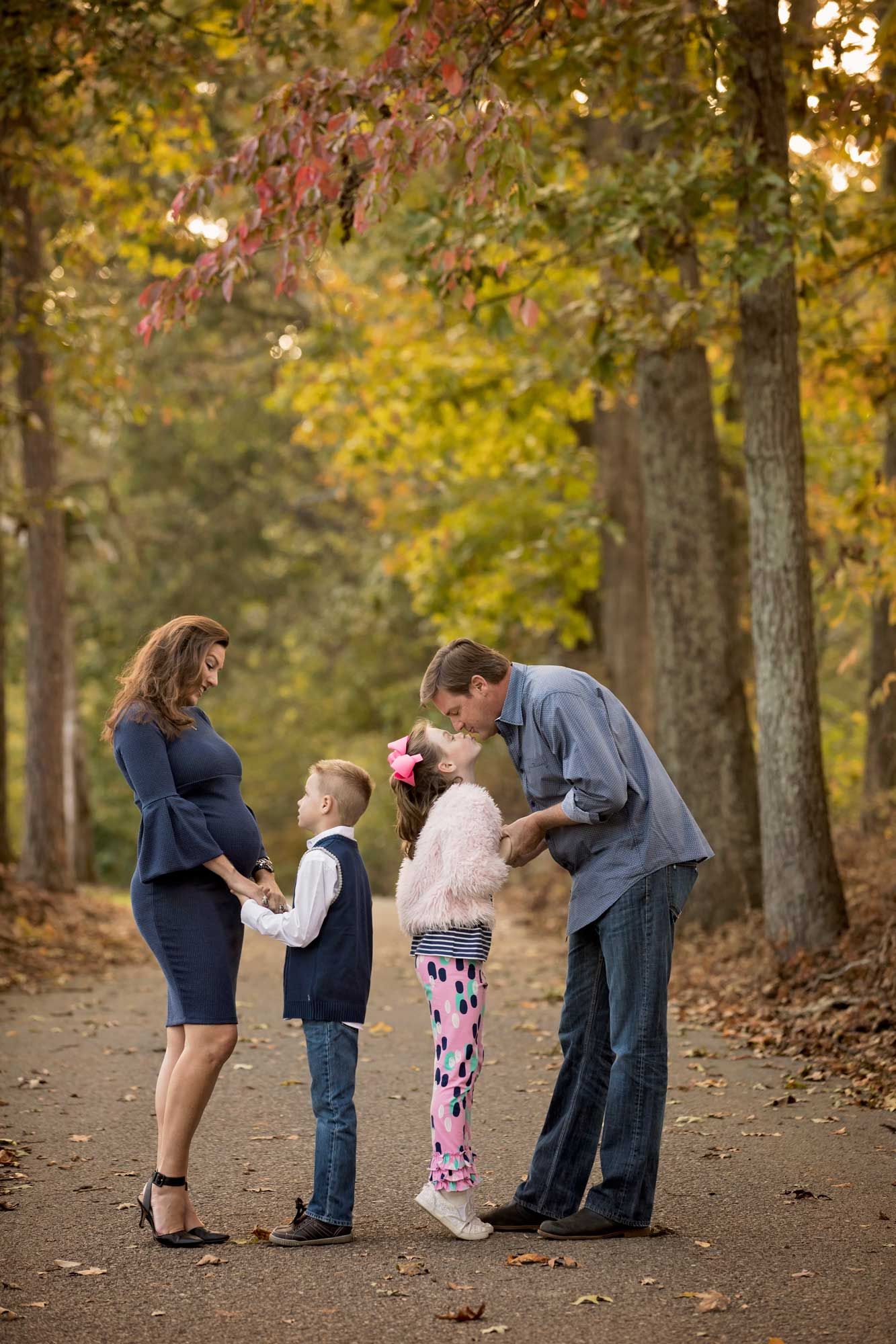 family-photo-in-knoxville-wooded-path-concord-park.jpg