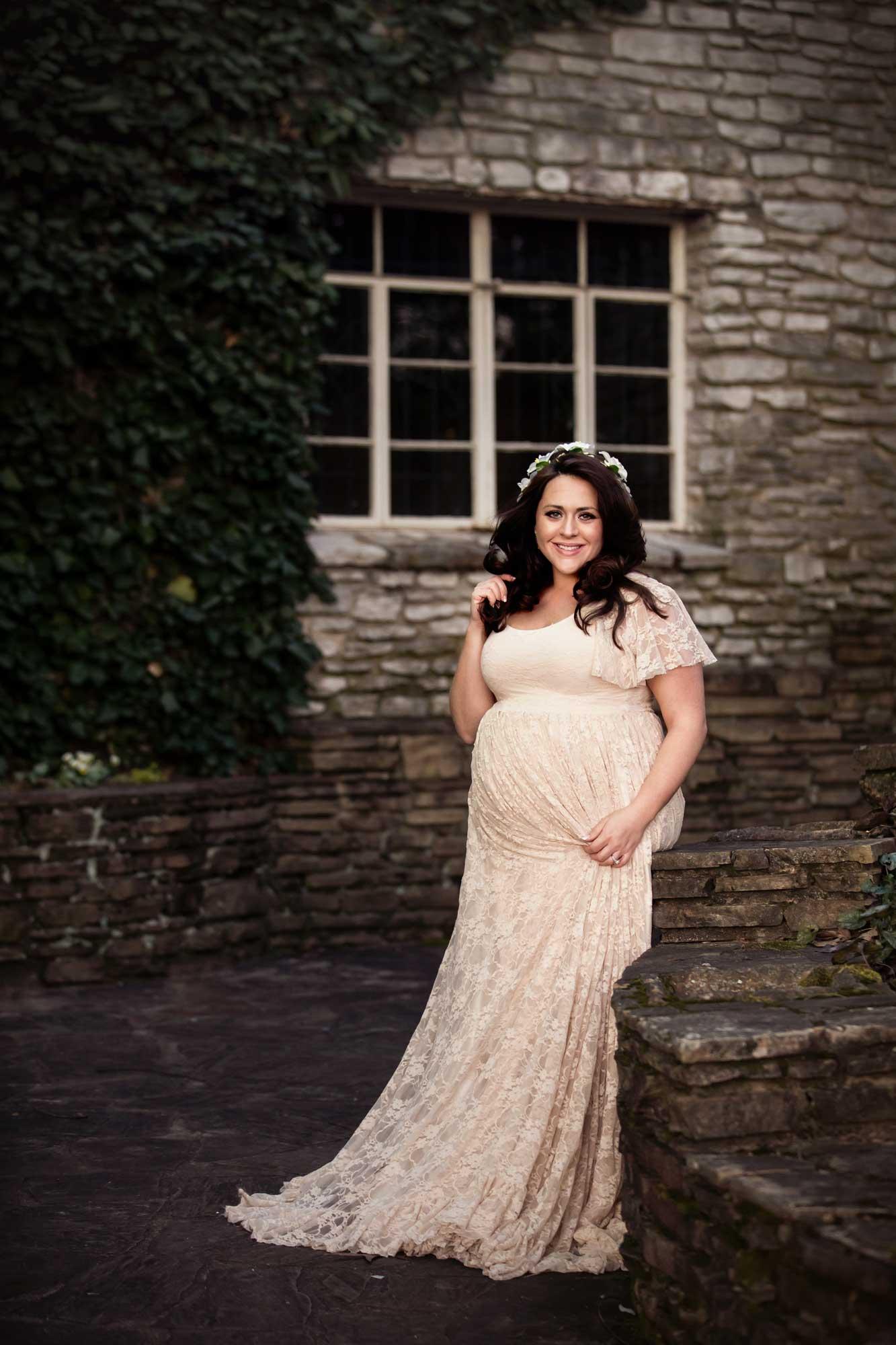 knoxille-botanical-gardens-maternity-photographer.jpg