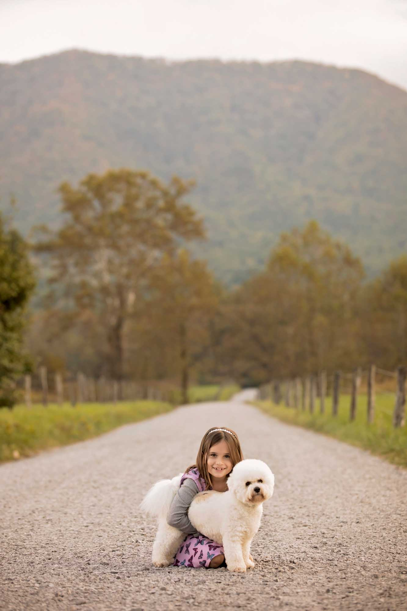 gatlinburg-photographer-cades-cove-little-girl.jpg
