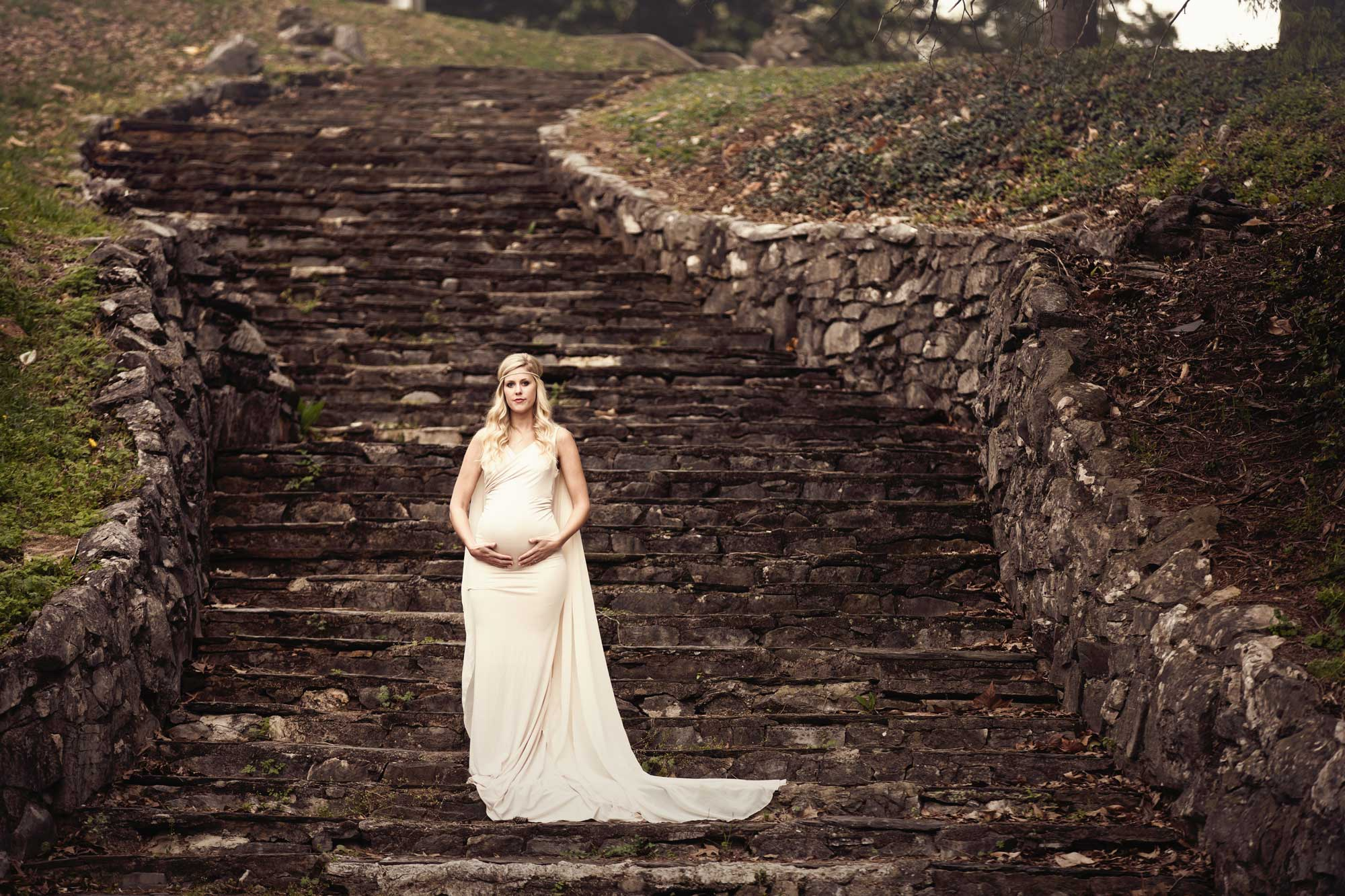 knoxville-maternity-photographer-stone-steps-greek-gown.jpg