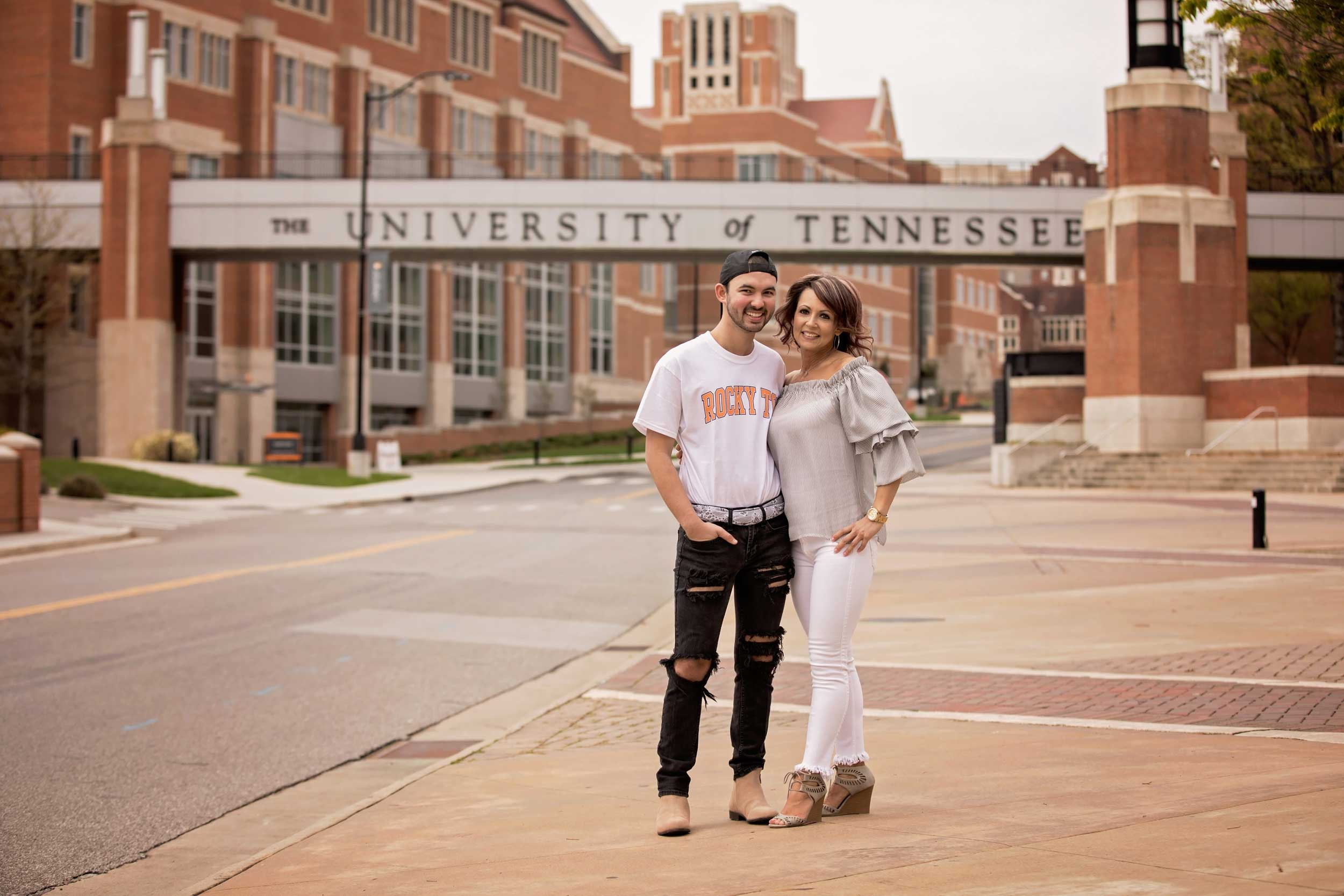 knoxville-tn-photographer-college-senior.jpg