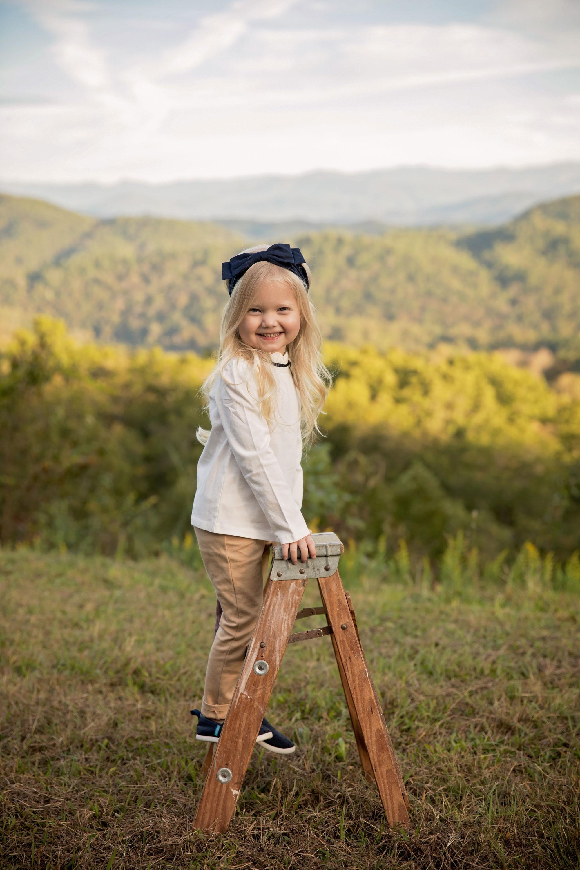 gatlinburg-tn-photogarpher-little-girl.jpg
